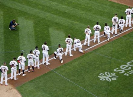 Twins honored George Floyd in the middle of their game