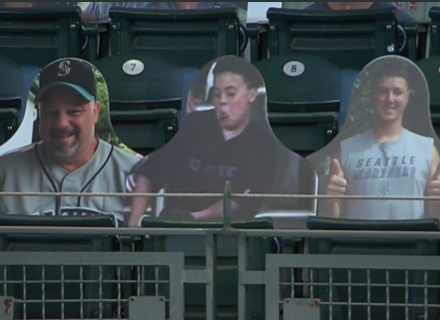 Mariners reveal perfect outfield fan display at T-Mobile Park with Steve Bartman, Jeffrey Maier cutouts